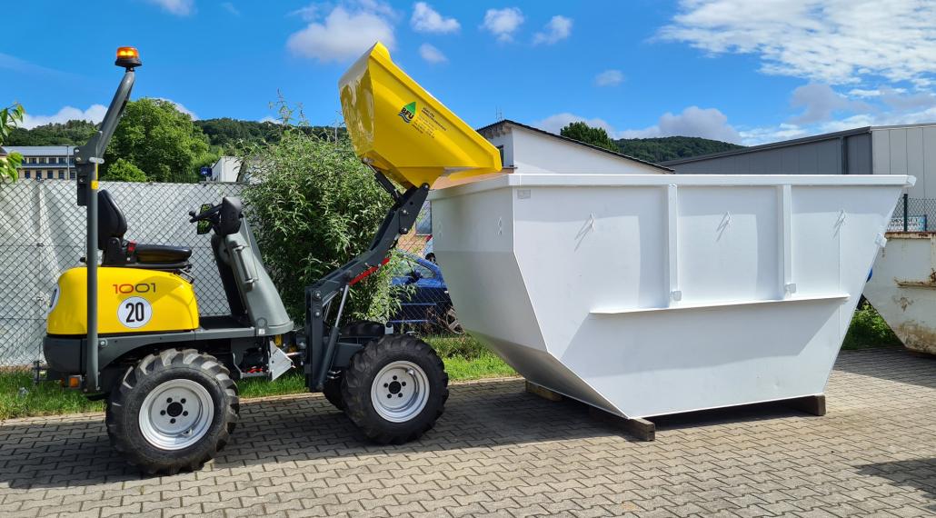 Dumper mit Container